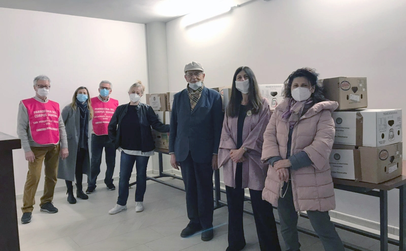 Soroptimist club siena – dona 20 pacchi viveri alla Caritas SanMiniato